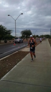 IRONMAN ARIZONA 2015 Loic on the run